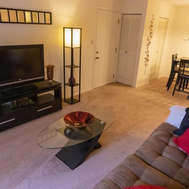 Oak Forest Apartments Saint Louis, MO